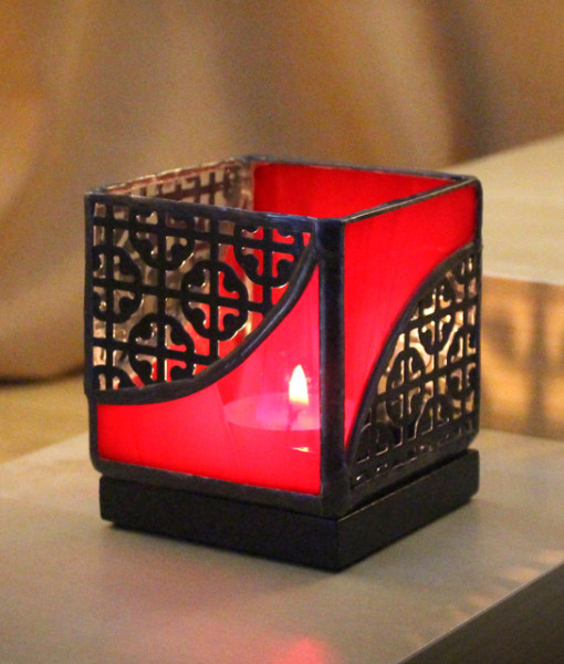 Mosaic 3x3 Red Black